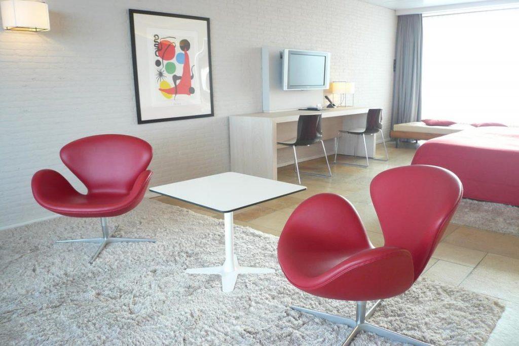 "Hotel ""de Milliano"" Breskens: Salon-Zimmer mit Whirlpool"